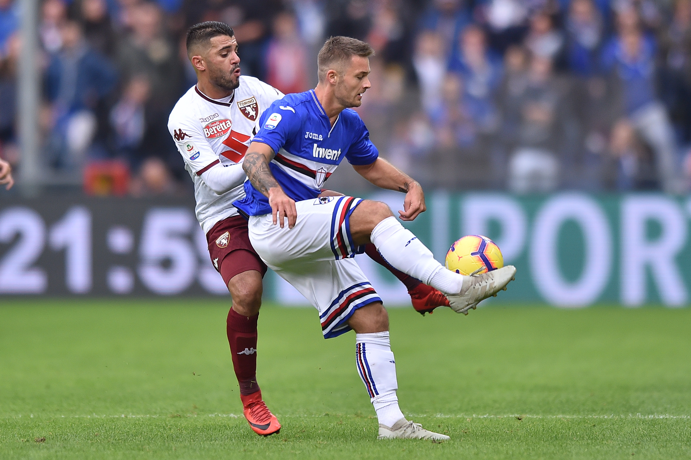 04.11.2018, Genua, Serie A 2018/2019, Sampdoria Genua - Torino FC N/z: Karol Linetty, Foto Lukasz Laskowski / PressFocus